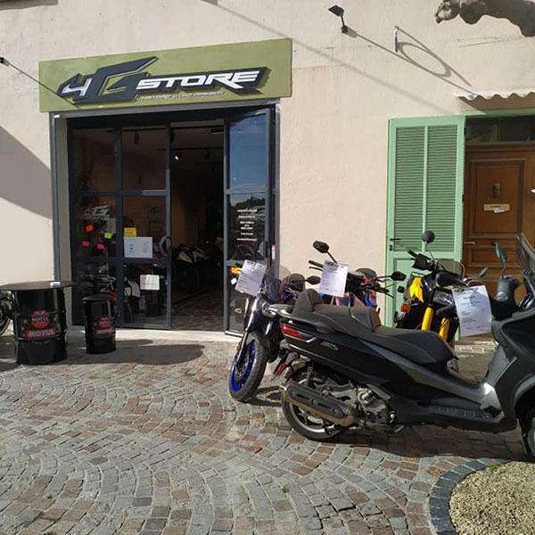 Devanture du magasin 4g Store à la ciotat